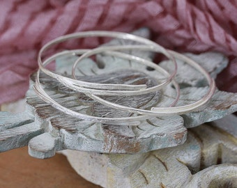 Handmade Lace Textured Silver Bangle - Wire