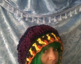 The slouchy hat with scarf