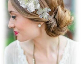 Off white bridal headband Fascinator with ivory flowers, ivory bridal flower hair ornament, Satin flowers Alison