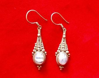 925 Sterling Silver Moonstone Bali Earring