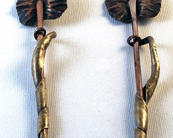 One of two scarf/sweater pins