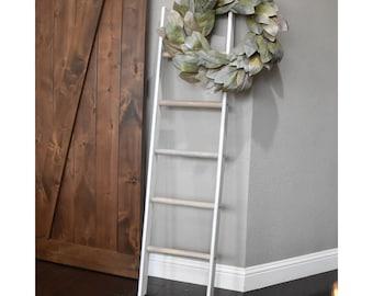 White and Gray 5 ft Distressed Pine Blanket Ladder, Vintage Quilt Ladder, Rustic Towel Storage, Farmhouse Quilt Blanket Ladder, Quilt Hanger