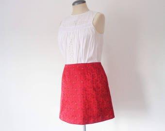 Vtg 90s RED SATIN Floral Mini Skirt, Small to Medium