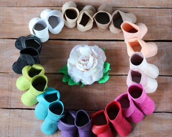 Shoes for a doll. Handmade Shoes. Hand-made shoes for dolls. Shoes for dolls. Shoes for dolls OOAK. Leather doll shoes. Puppet clothes.