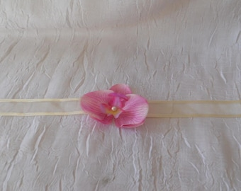 Necklace Orchid wedding color Fuchsia / ivory