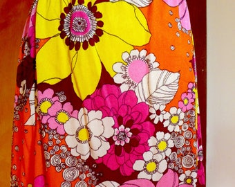 Absolutely Wild Late 60s Midi Skirt Bold Neon Floral Pattern in M/L