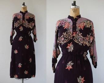vintage 1980s dress / 80s purple floral dress / 80s romantic floral dress / 80s ragtime dress / 80s boho long sleeve dress / small medium