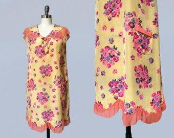 1920s Dress / 20s Floral Silk Dress / Pink Chiffon Trim / Pockets! / Capelet Back