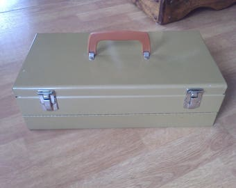 Metal Tackle Box,  Tool box, tool storage box with removeable tray