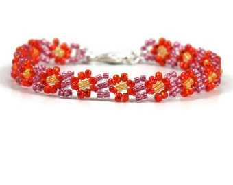 Kids Bracelet - Childs Daisy Chain Bracelet - Seed Bead Jewelry - Childrens Jewelry - Beaded Bracelet - Orange Pink Bracelet