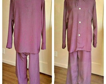 1940s cold rayon pajamas set, burgundy polka dots, Hollywood loungewear, Pleetway, Roos Bros. MINT 46 chest, 32-37 waist