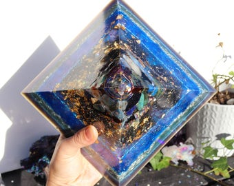 Orgonite® - Huge Orgonite® Pyramid - Psychic Abilities - Moldavite - Orgone Generator® - Crystals - Gift - EMF Protection - HoodXHippie