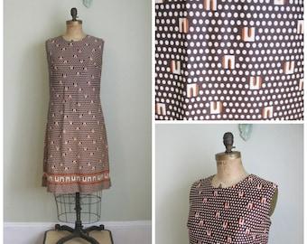 Vintage Poly Print Dizzy Dots Dress// 1960's// Travel Bug// Medium/Large