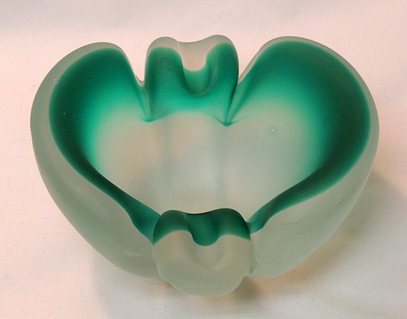 Vintage Mid-Century Modern Heavy Frosted Venetian Glass Murano Italy Ashtray