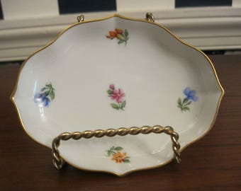 Small Austrian porcelain pin tray or change dish