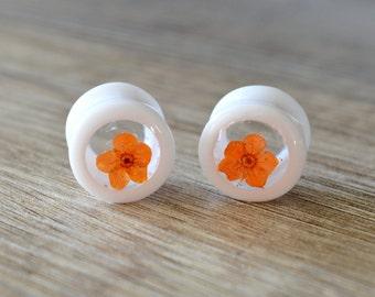 real flower plugs 9/16 plugs 14mm ear plugs ear tunnels flower plugs floral gauges floral plugs Girly plugs Resin Plugs orange plugs gauges