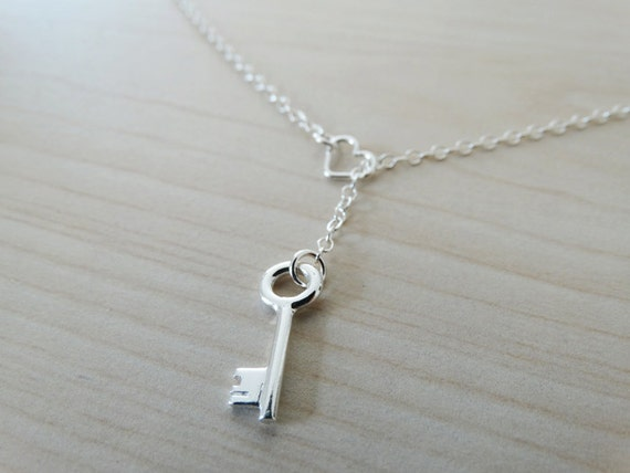 Silver Lariat Necklace Heart & Key - Sterling Silver