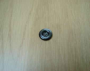 Blue medium button Pearl with RIM