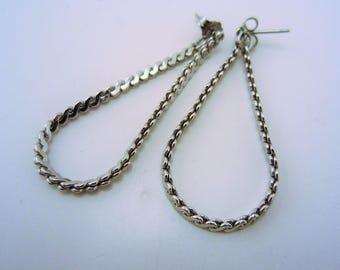 Silver teardrop earrings. Vintage jewelry. Vintage earrings. Silver earrings. Chain earrings. Silver drop earrings. Lightweight earrings.