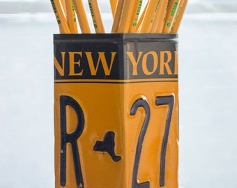 New York License Plate Pencil Holder - Creative Pencil Cup - Desk Accessories - Office Desk Organizer - Pen Cup - Pen Holder - Car Gift Idea