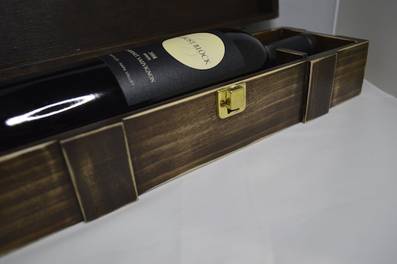 Distressed Walnut Stained wooden WiNE BoTTle BoX, wedding gift, wine gift box, rustic, shabby chic wine box