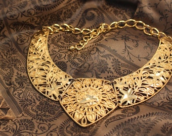 Avon Jose Maria Barrera Spanish Style Collection Gold Tone Necklace - Vintage 1989