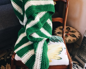 Vintage green and white handmade afghan, crotchet,vintage afghan,throw blanket, vintage blanket,crotchet blanket,ggreen blanket, retro 1970s