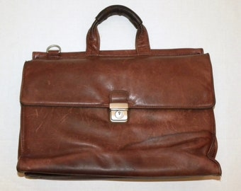 """Vintage Rugged Distressed SOFT Leather Briefcase Attaché / Kenneth Cole / 15.25"""" x 12"""" x 6.5"""""""