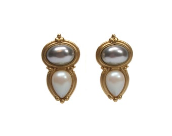 vintage 1980's YSL pearl earrings / Yves Saint Laurent / gold / clip on earrings / costume jewelry / vintage earrings / vintage jewelry