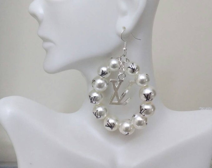 Designer Inspired Ladies Pearl Wedding Dangle Silver Earrings