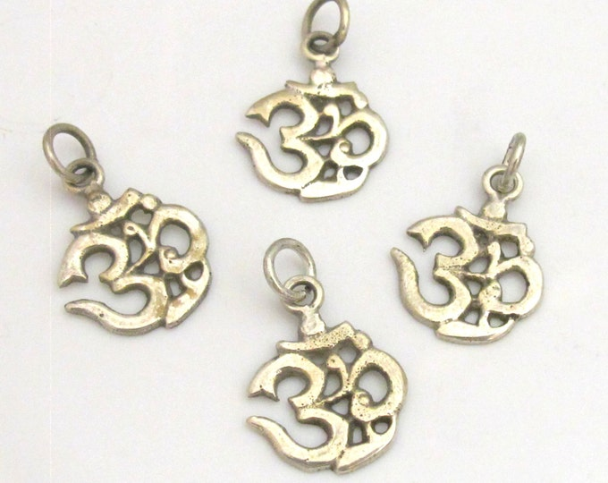 1 charm - Tibetan small Size sanskrit Om mantra light weight charm pendant  - CP086