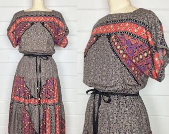 Vintage 1970s Geometric Print Rayon Dress / Tiered Skirt / Dolman Sleeve / Made by JT Dress