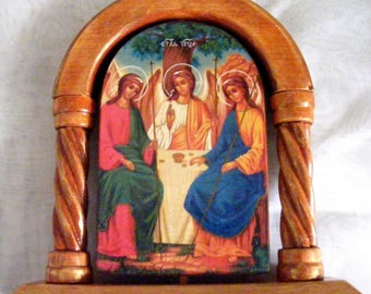 Holy Trinity, icons hand-painted hot colors directly on the solid wood