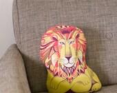 Clarence the Lion Tea Towel / Cloth Kit - A silkscreen design by Sarah Young