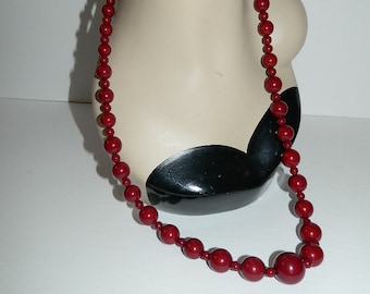 Vintage 1960s Extra Long Blood Orange Coloured Graduated Bead Necklace