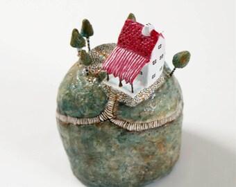 The Red Roof Mountain Inn   Miniature   Diorama   Dream Island   Mixed Media   Paper Mache