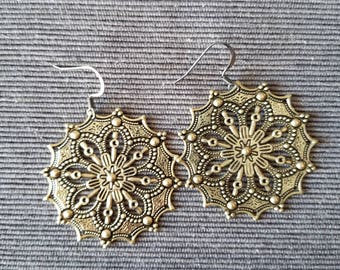 Gold Embossed Floral
