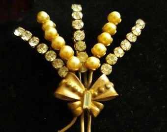 Flower Spay Brooch Vintage sparkling rhinestone