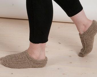 Light brown slipper socks