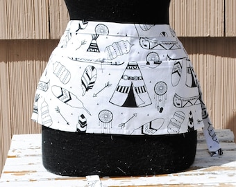 Vendor Apron Server Apron White Black  Feathers and Teepes Farmers Market Apron