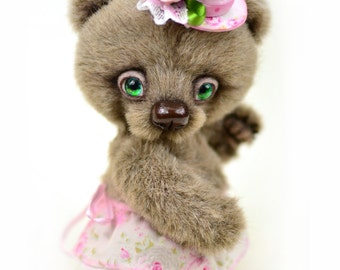 Artist bear Mrs. White, artist teddy bear, bear ooak, collectible teddy toy, cute plushie, christmas gift for her, gift for mom, womens gift