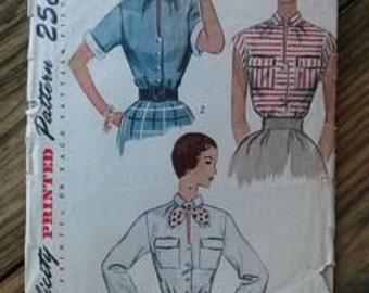 Vintage 1950s Pattern Blouse Simplicity 3427 B34