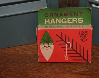 Vintage Holiday Find Christmas Tree Hangers, Doubl Glo 1959 Paper Novelty Co. Connecticut
