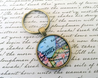 Chicago Keychain, 25mm Round Keyring, Antiqued Brass Key Chain, Made with Love, Comes in a Cool Gift Box