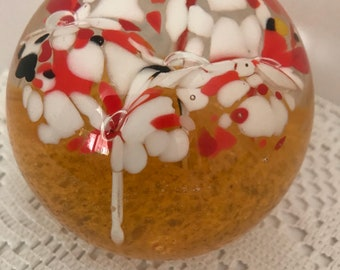 Vintage Paperweight / Art Glass w/ White, Orange and Black Flowers
