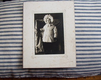 ADORABLE CHILD VINTAGE PHOTO...EARLY 1900 S, CHEEKY TODDLER, FANCY COAT, HAT