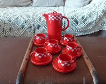 """Service à café vintage rouge """"Coeurs"""" de Salins"""