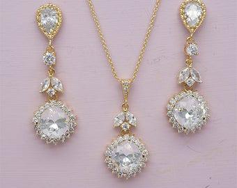 Rose Gold Bridal Set,  Swarovski Crystal Earring and Necklace Set,  Rose Gold Wedding Jewelry Set, Crystal Bridal Set, Bridesmaids Set,