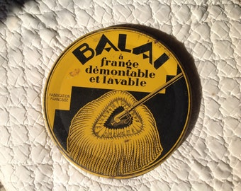 French brush lid