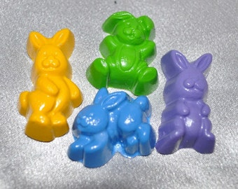 Crayons Rabbit Shaped, Total of 18 All Different Colors.  Boy or Girl Kids Unique Party Favors, Crayons.